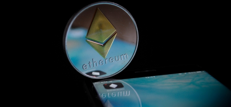 Ethereum Goes Below $1000 As the Overall Market Goes Down